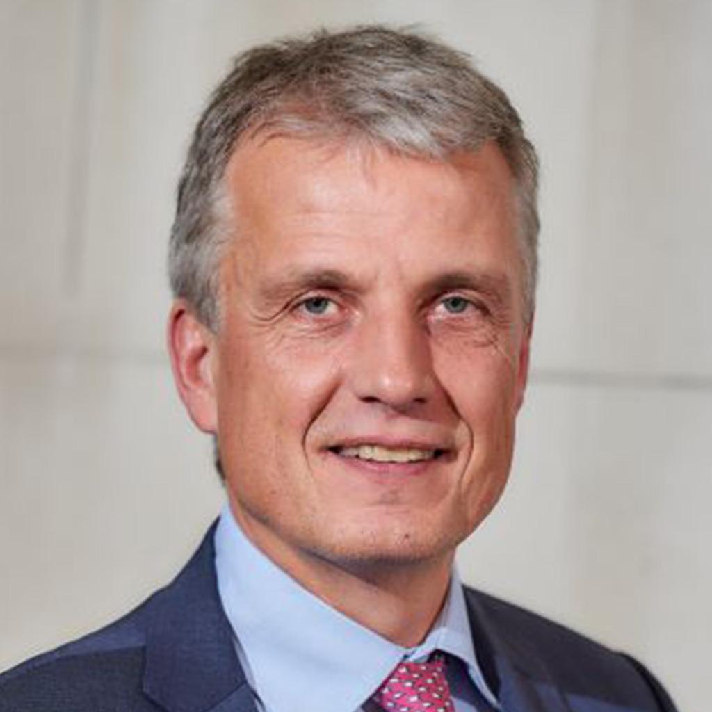 Dr. Norbert Schmitz, 4C Services