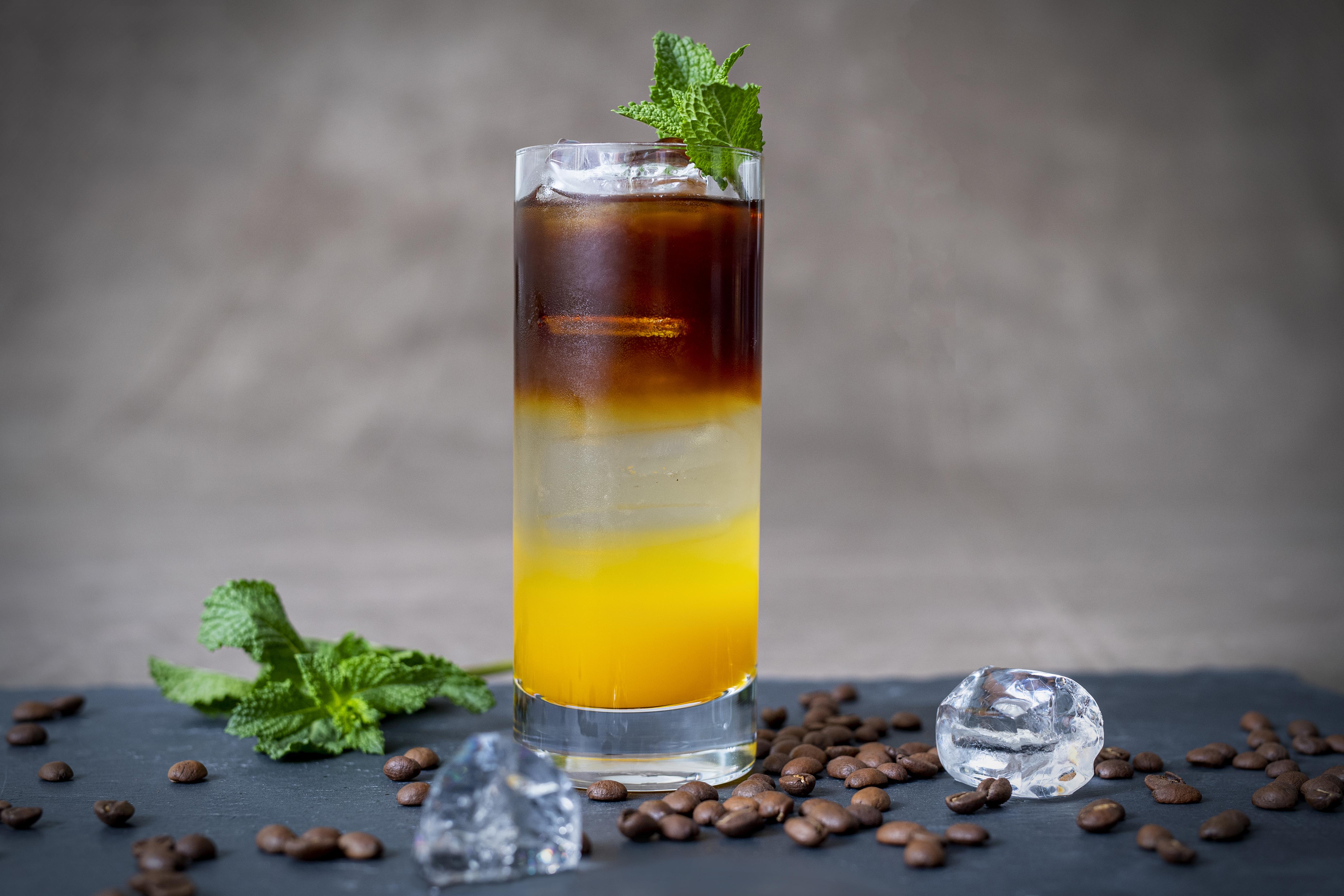 """Der Cocktail zum """"Tag des Kaffees """"2019: Lighthouse Coffee / Am 01. Oktober 2019 wird bundesweit zum 14. Mal das Lieblingsgetränk der Deutschen gefeiert, #tagdeskaffees2019"""